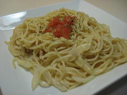 ツナとトマトのクリームスパゲッティ(カルボナーラ風).jpg